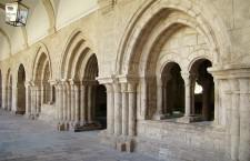 Claustro Monasterio de la Santa Espina (Por Nicolás Pérez en Wikimedia)