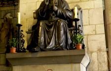 Tu es Petrus Sant Pere de les Puel·les