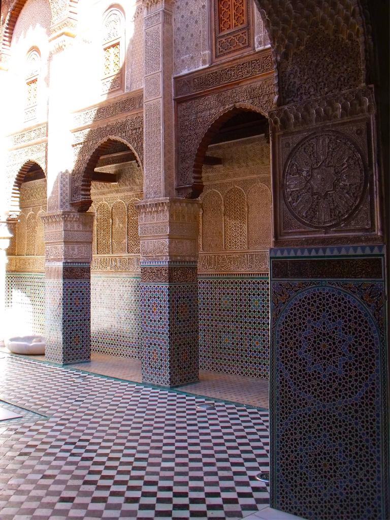 Medersa el Attarin (detalles) - Diario de viajes Fez