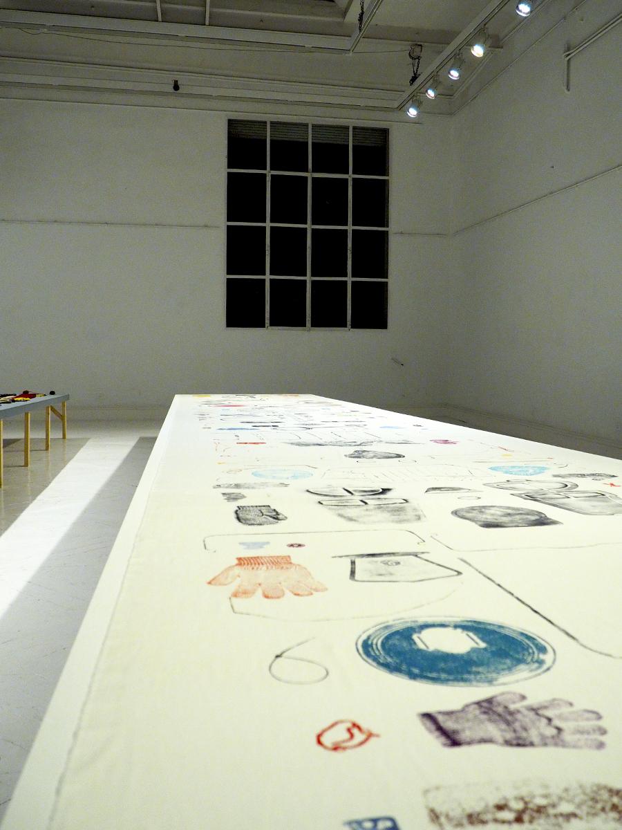 Objetos perdidos sobre tela (Street Print by Anne Fabricius Møller)