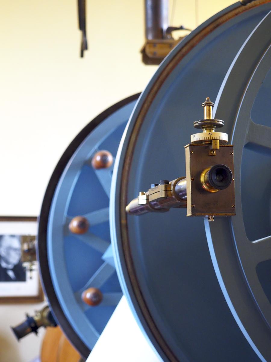 Detalle telescopio pequeño - Observatori Fabra Barcelona