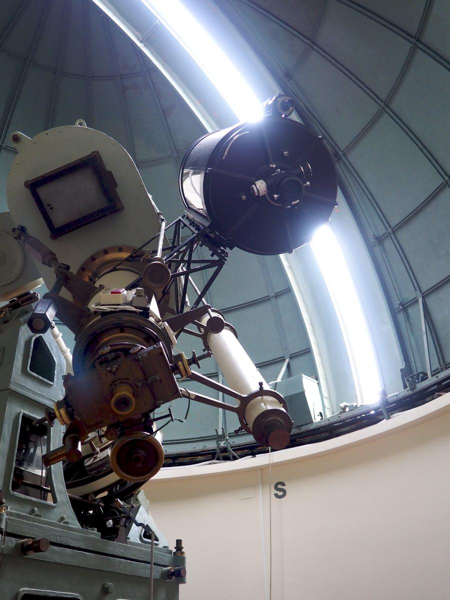 Telescopio apertura cúpula - Observatori Fabra Barcelona
