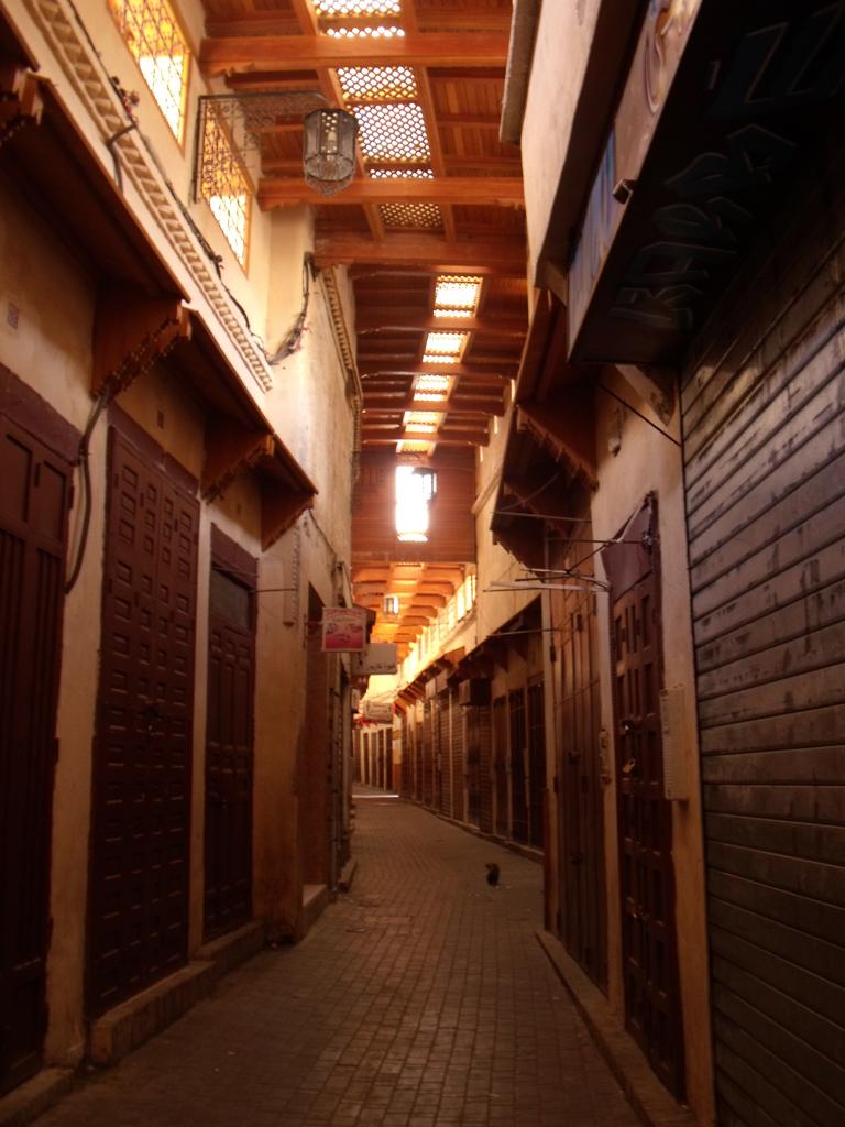Zocos de Meknès a primera hora