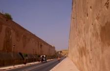 Camino a la Ciudad Imperial de Meknès