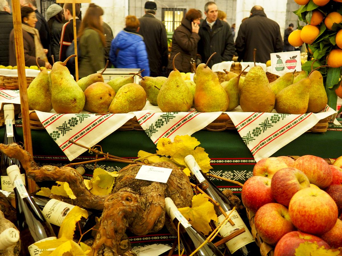 Peras, manzanas... y txacoli - Feria de Gabon Zahar 2014