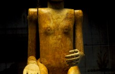 Figura funeraria tau tau de la cultura toraja
